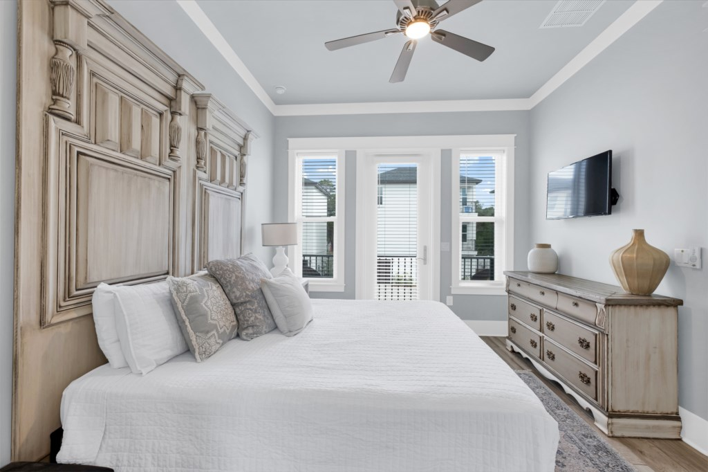 2nd Floor King Bedroom With Designer Furniture