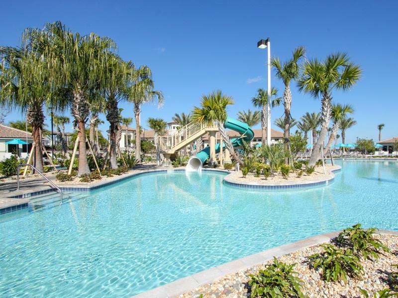 Oasis Club house Resort - Style Pool