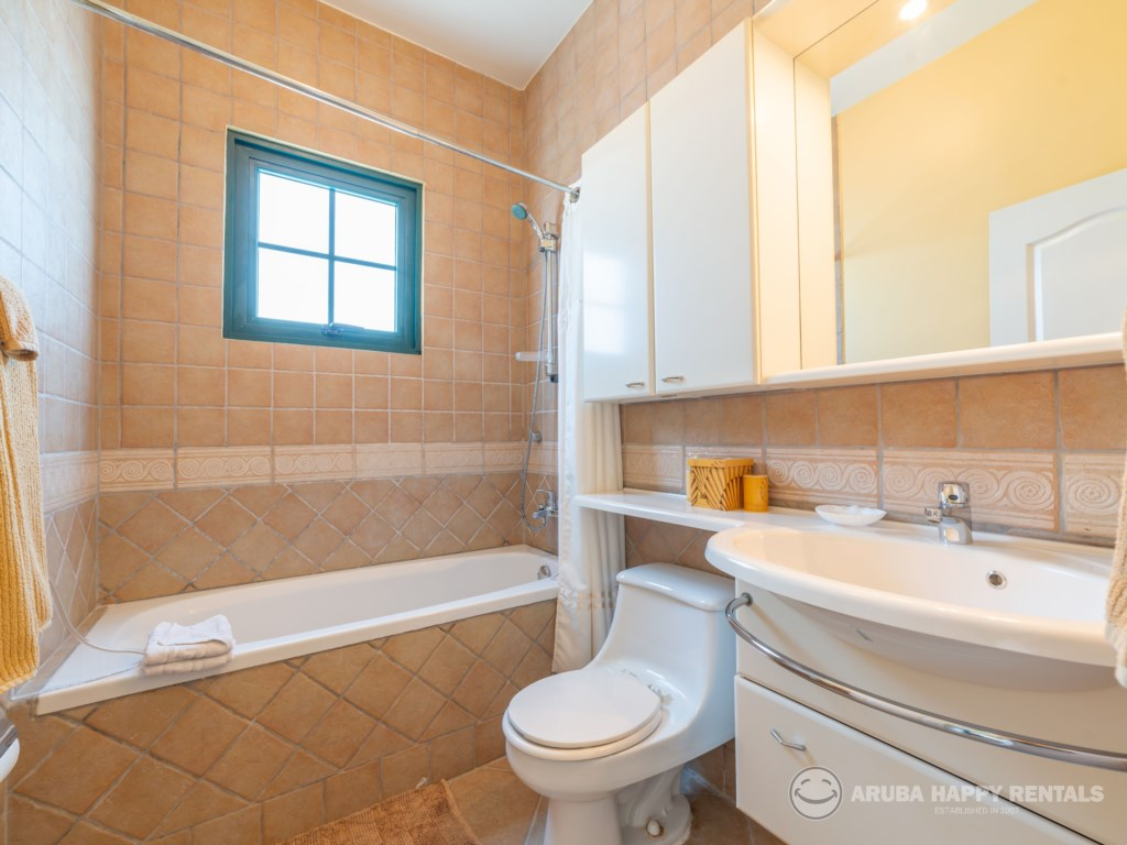 Bathroom 1 MV55.jpg