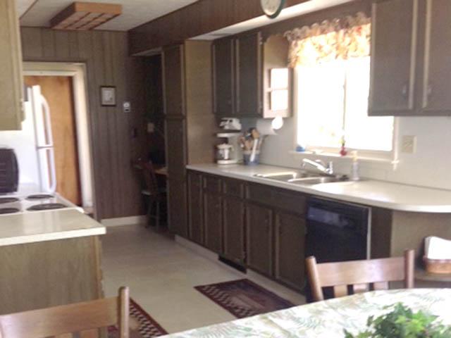 Kitchen.640x480