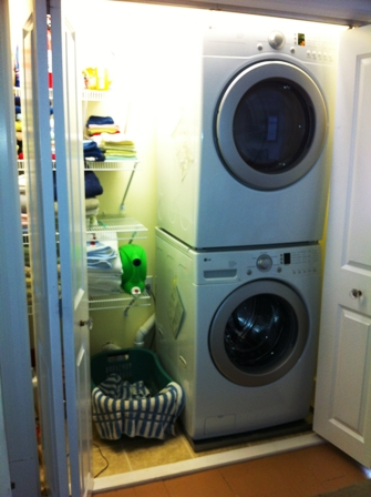 3.26.12_103_W._2nd_Laundry_Area