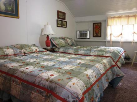 6.5.12_437_Cedar_Upstairs_Sleep_Porch035