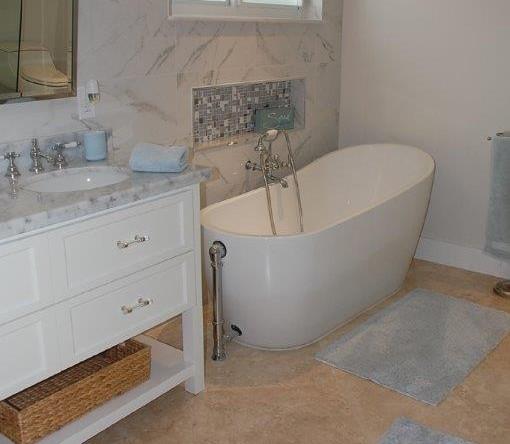 Serenity-Bathroom-1-of-3-Florida-Keys-Luxury-Rentals-510x444