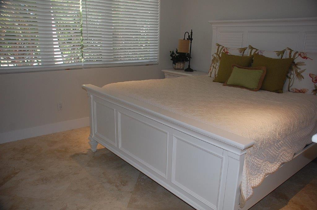 Serenity-Bedroom-1-of-3-Florida-Keys-Luxury-Rentals