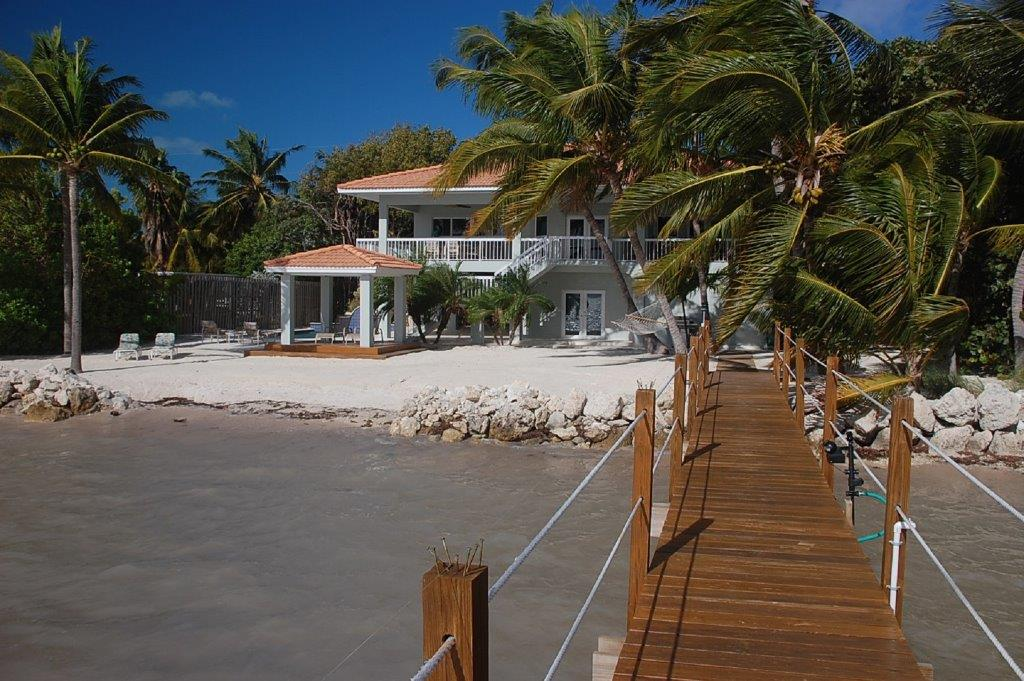 Serenity-Vacation-Home-Back-Florida-Keys-Luxury-Rentals