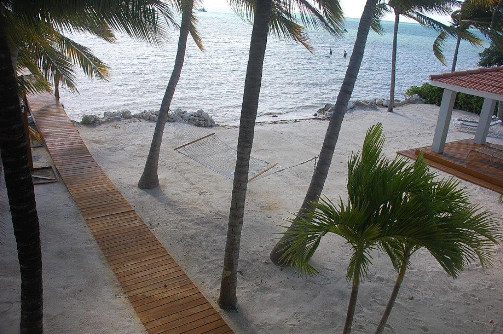Serenity-Vacation-House-Oceanfront-Beach-Florida-Keys-Luxury-Rentals
