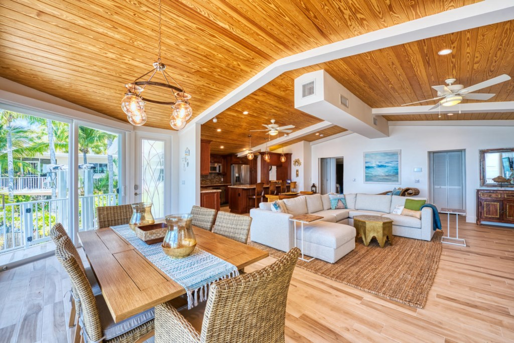 Lime-Key-Dining-and-Living-area-Florida-Keys-Luxury-Rentals