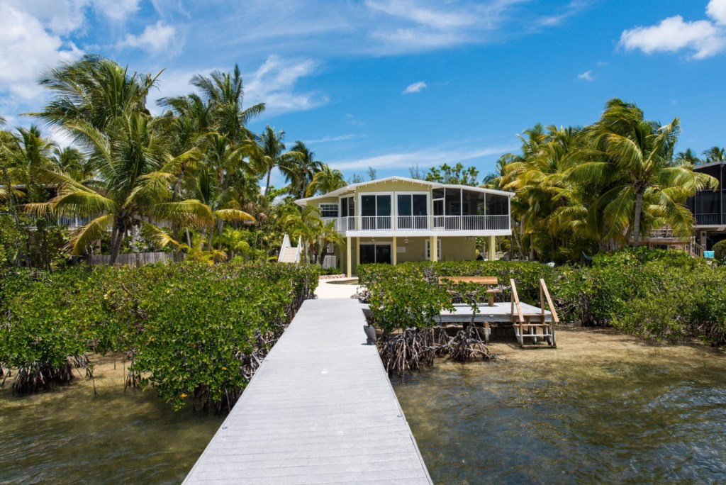 Lime-Key-Front-View-from-Dock-Florida-Keys-Luxury-Rentals