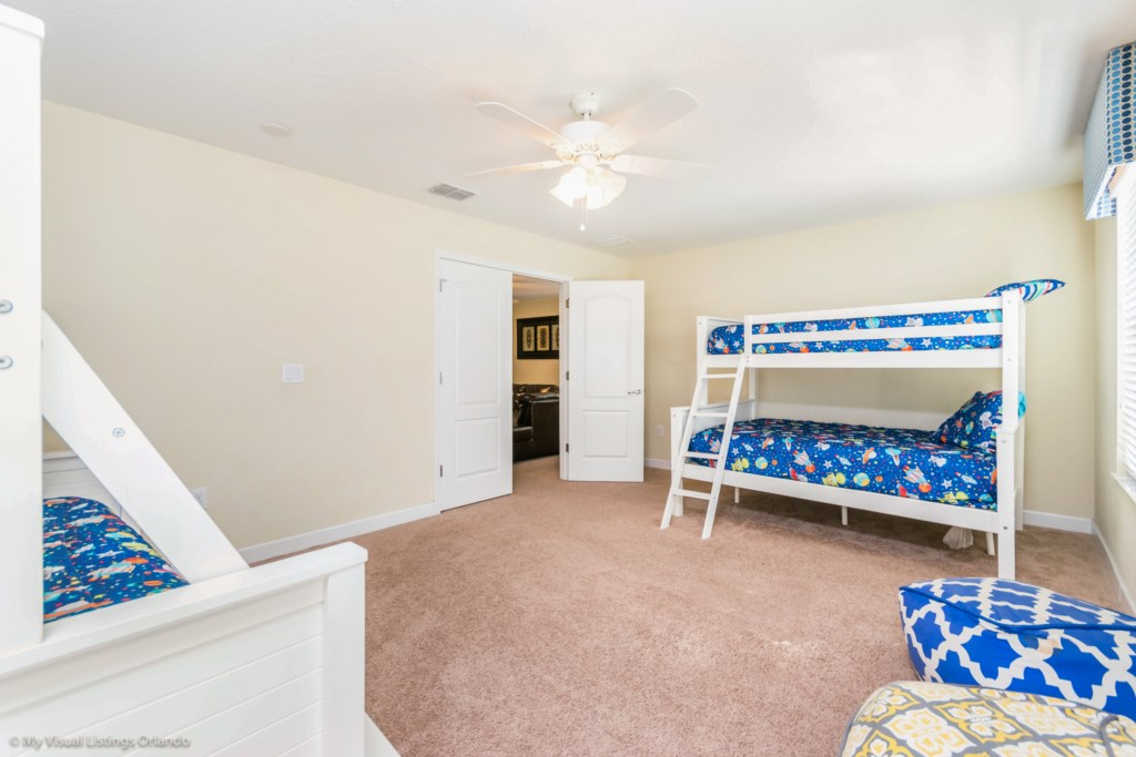 1428MoonValleyDr-25
