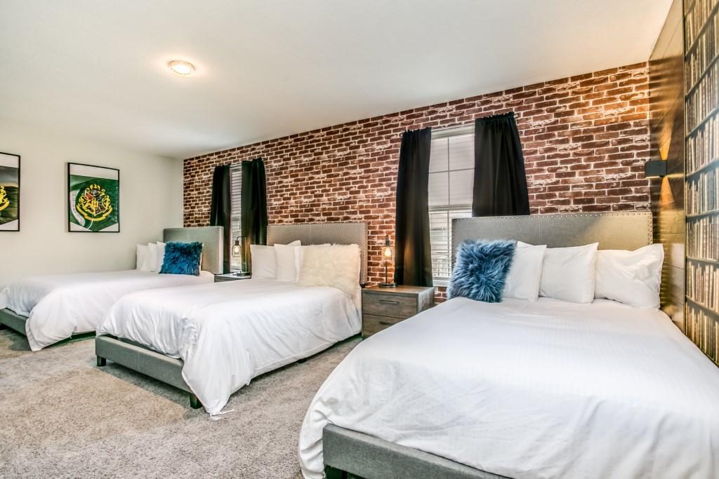 1666 Moon Valley (Bedroom)-1.JPG
