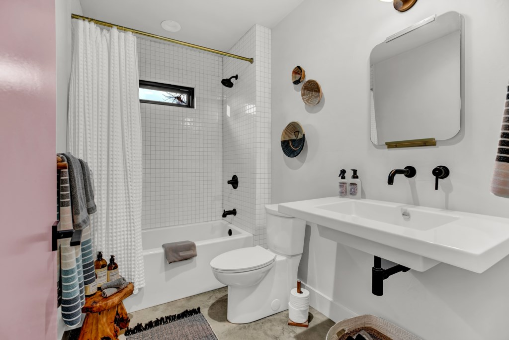 Back Cottage Bathroom Room Photo 2 of 2