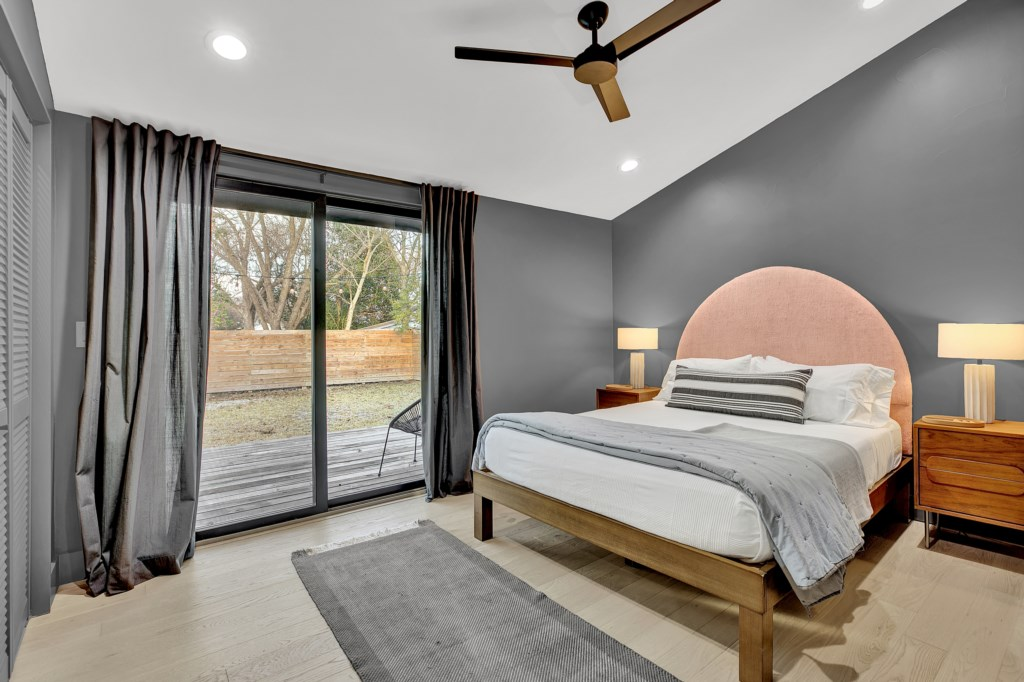A comfortable bed is key for a relaxing experience in Fredericksburg!