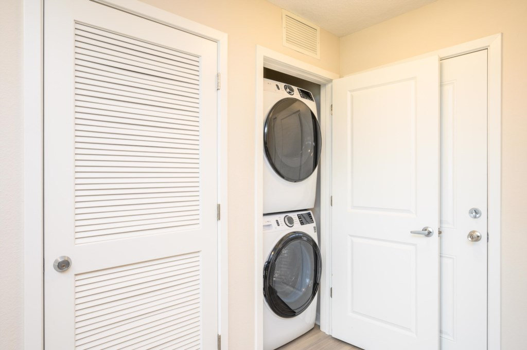 13.Washer-Dryer
