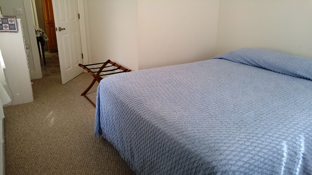 429peachbedroom
