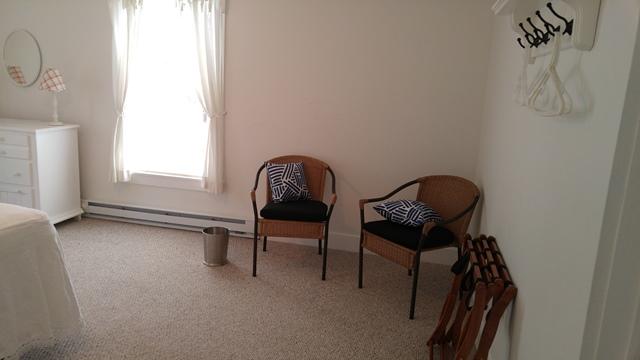 429peachchaisinbedroom