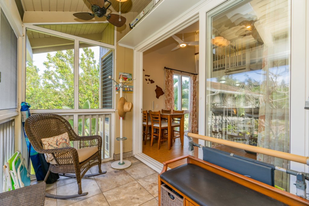 Entry Covered Lanai