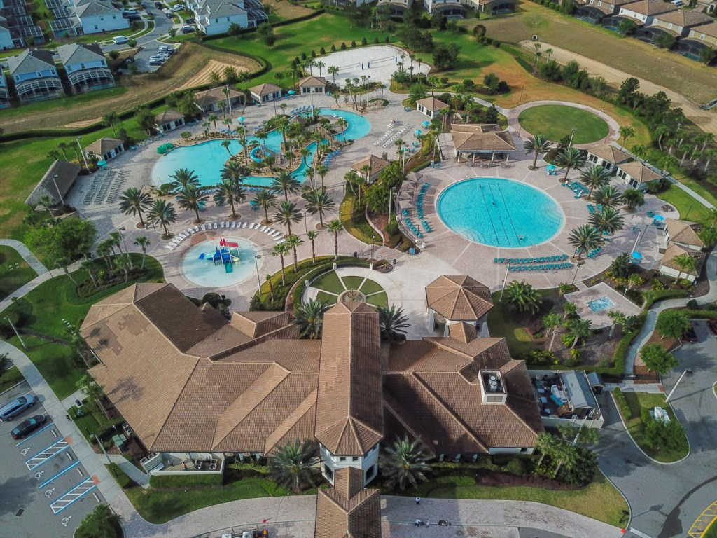Oasis Clubhouse - Amenities Included!