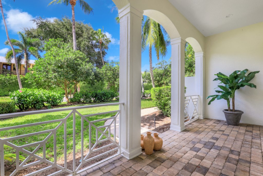 329 2nd Ave N, Naples, FL 34102 (12).jpg