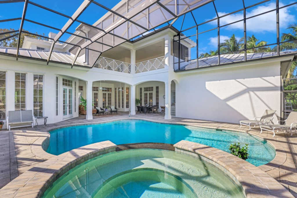 329 2nd Ave N, Naples, FL 34102 (5).jpg