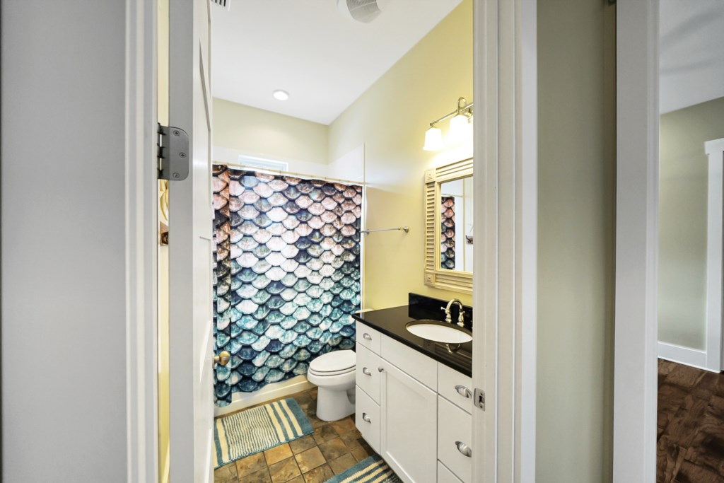 Guests Bath with Shower/Tub Combo