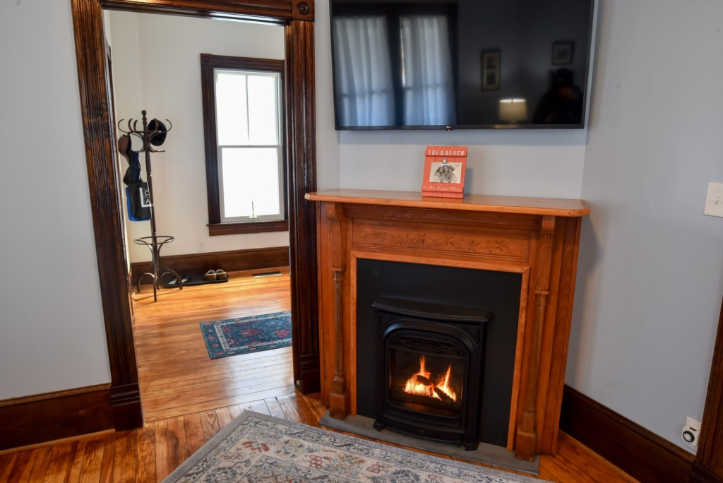 Fireplace in Living Room to be used in Off Season months.