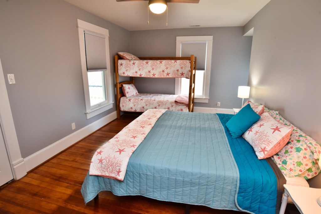 This bedroom can be set up as a King and Bunk beds or as 2 singles and a Bunk bed. Total of 4 to enjoy this room.