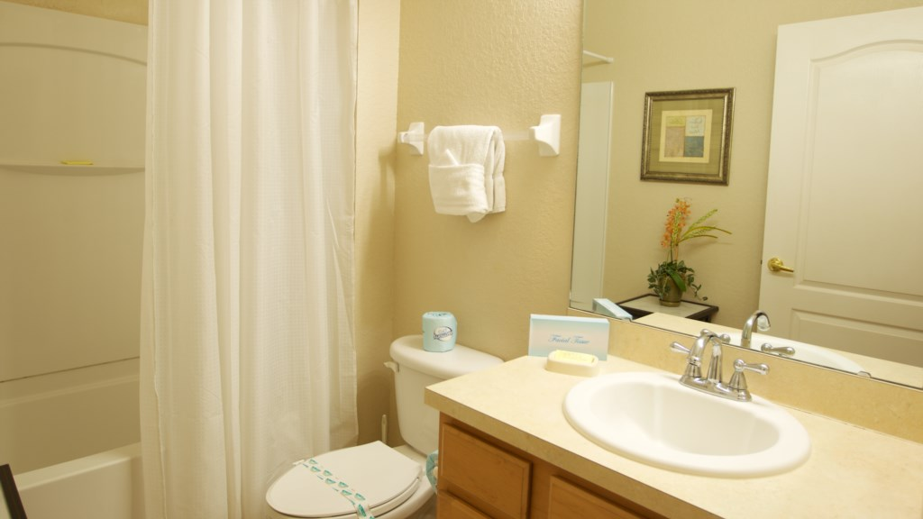 Vacation Townhome Bathroom 2