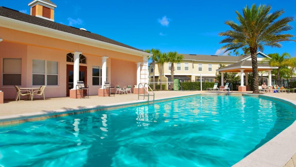 coral-cay-resort-pool