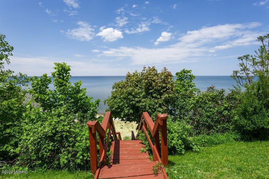 Steps To Private Beach