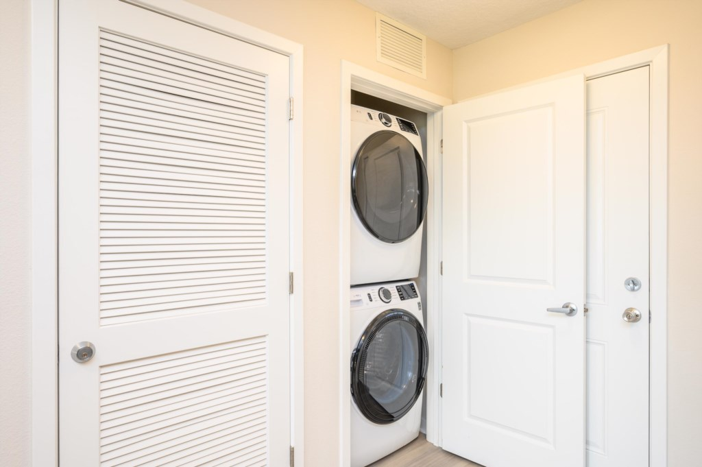 13Washer-Dryer