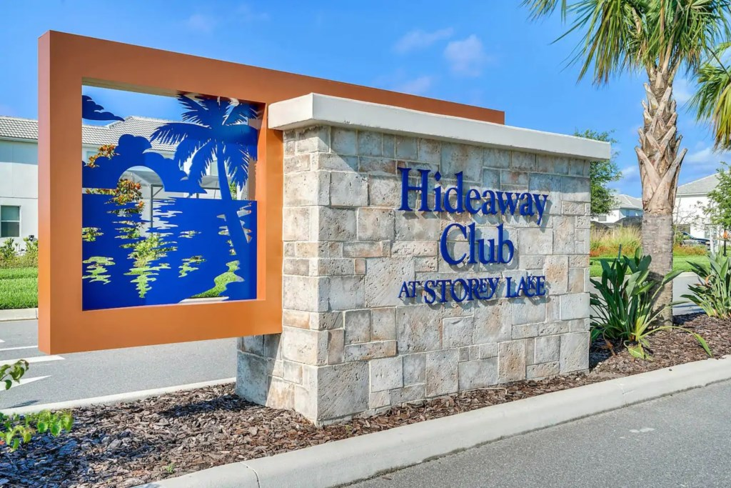The Hideaway - Clubhouse