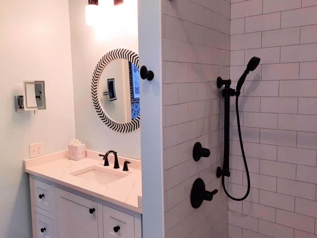 Bathroom1A Bay Dreamer 3