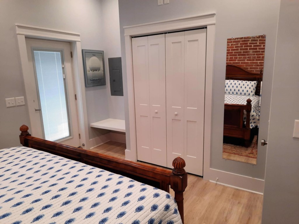 Bayside Dreamer II Cape Charles King Bedroom 3