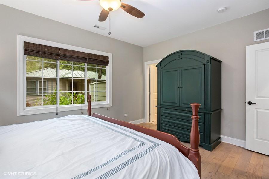Bedroom #1 (En Suite Bathroom)