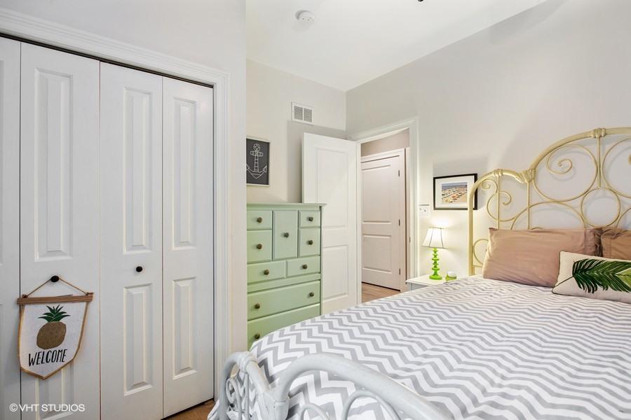 Bedroom #2 (alternate angle)