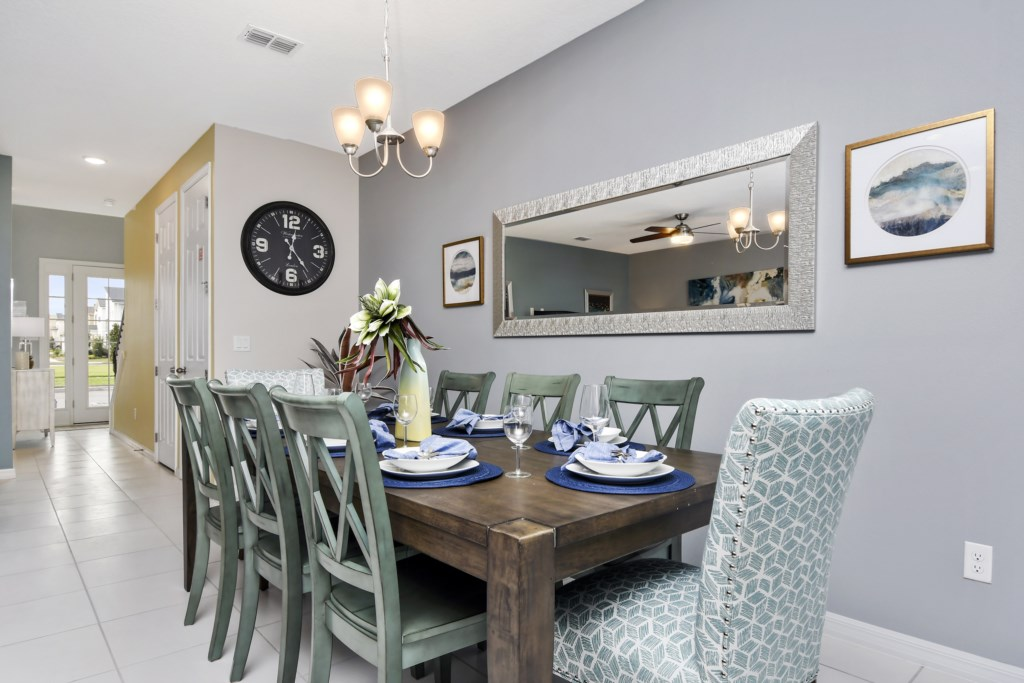 Dining room, seating for 8