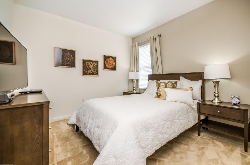 5212 Oakbourne (Bed 10)-1.JPG