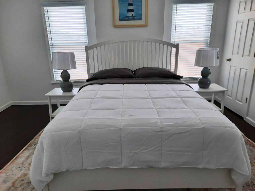 Bedroom2Queen