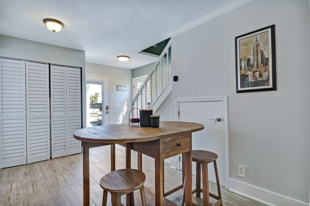 54-web-or-mls-51510thAvenueSouth-38
