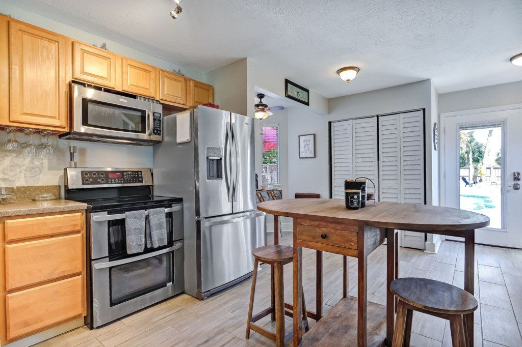 55-web-or-mls-51510thAvenueSouth-39