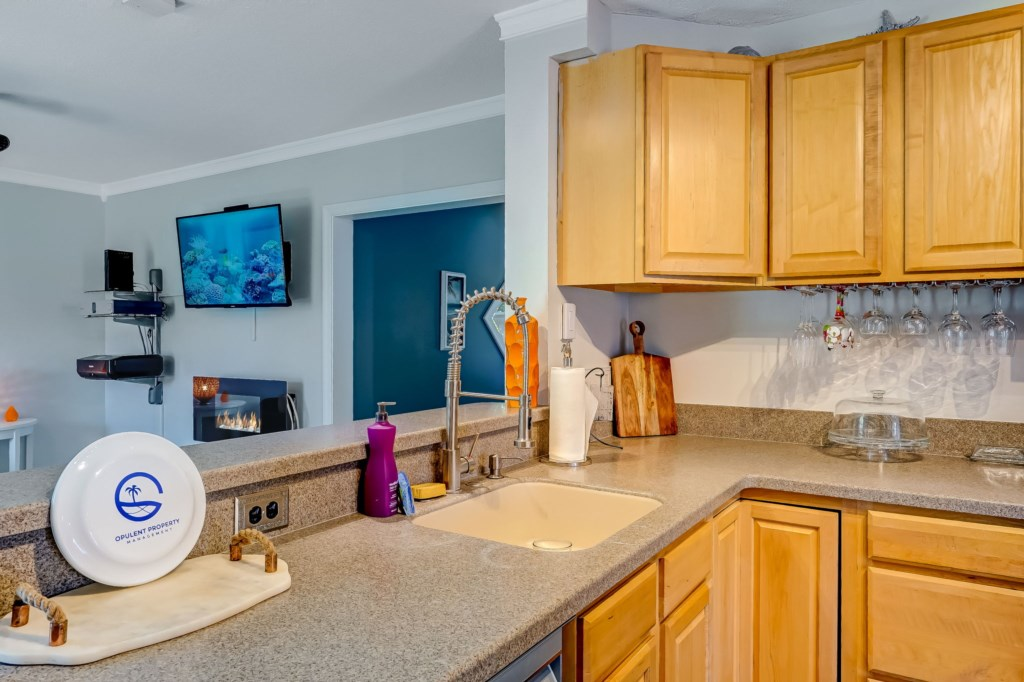 60-web-or-mls-51510thAvenueSouth-9