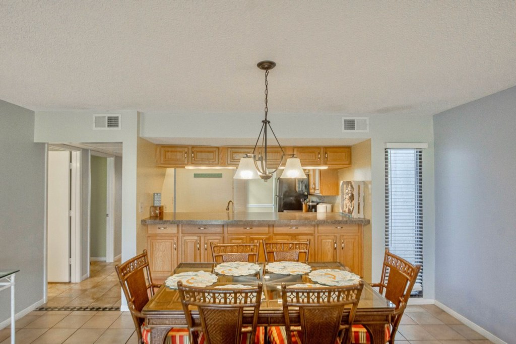 Dining Area offers plenty of seating space.