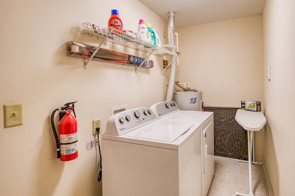 Full size washer and dryer in the condo so pack light