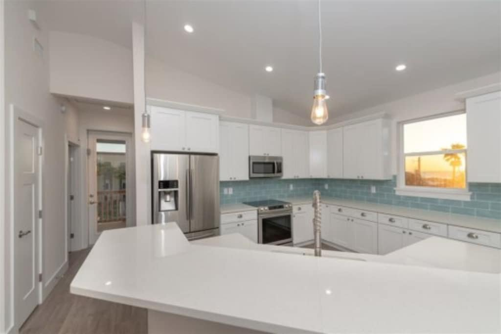 Kitchen with plenty of counter space