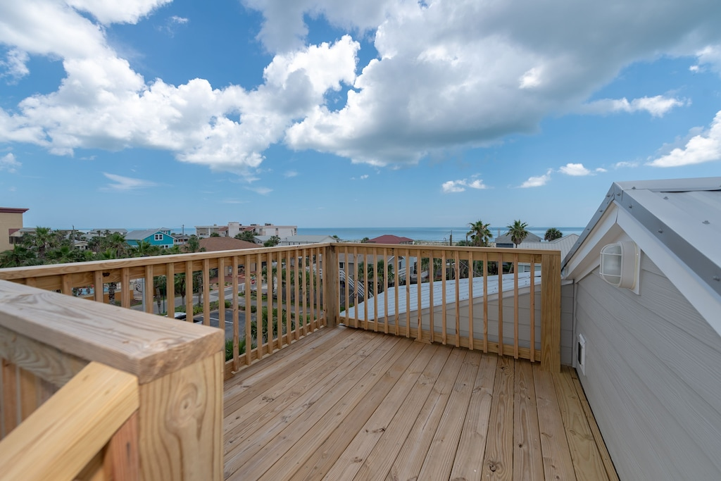Beautiful ocean views from the top of the house