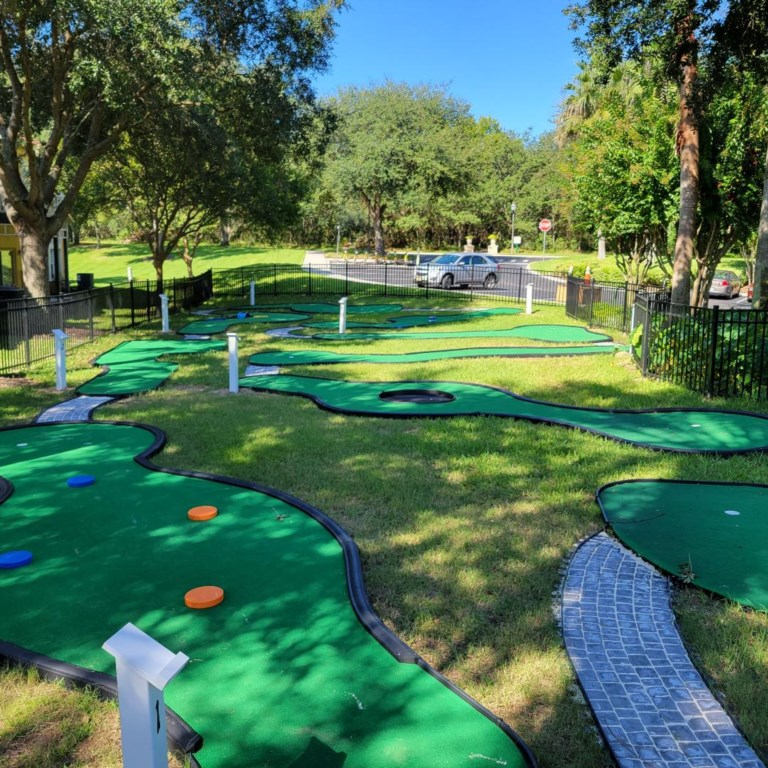 Mini golf near clubhouse.jpg