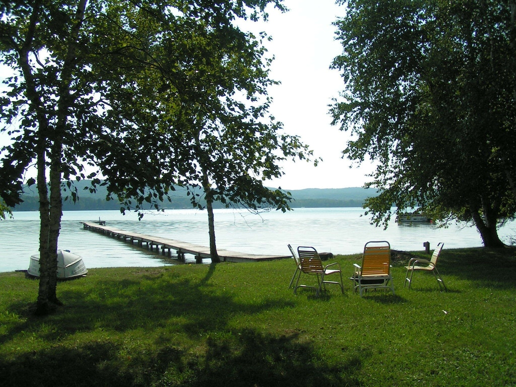 View of Beautiful Little Glen Lake