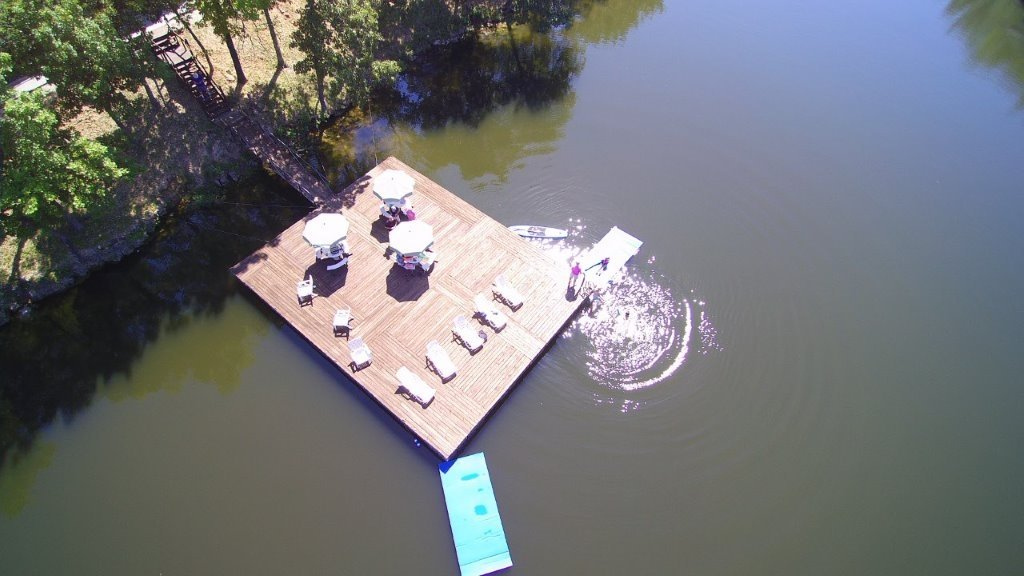 vhslarge-swim-dock-in-private