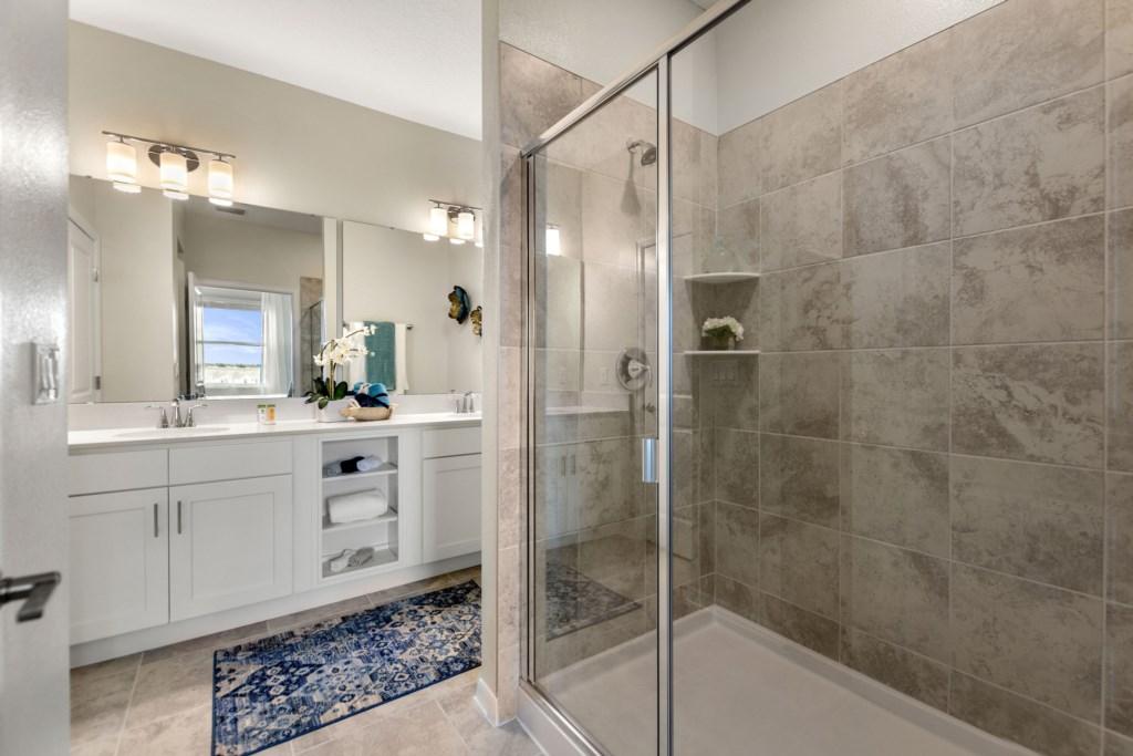 Roomy shower area