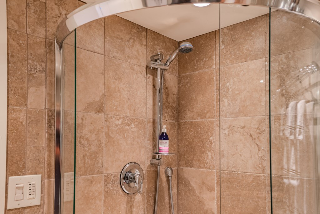 NEOB Lavender all-in-one soap/shampoo provided - Summerhill House - Niagara-on-the-Lake